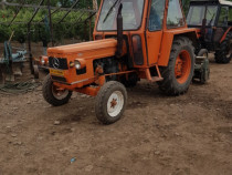 Tractor zetor și semanatoare porumb cu chimice