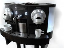 Expresor Nespresso