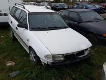 Dezmembrez Opel Astra F 1.4 8v, 1.6v