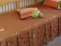 Canapea din lemn natur cu saltea noua