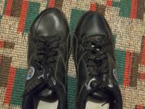 Pantofi(ghete) Markwalker,mărimea 40,culoare negru,noi