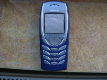 Telefon mobil Nokia 6100 (model mai vechi)