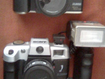 Aparate foto cu film vechi (Sony) inclusiv blitz