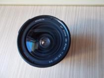 Aparat foto minolta 404si,obiectiv 28-80mm si blit rortativ