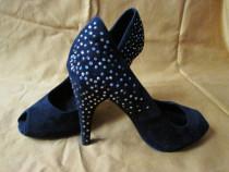 Pantofi dama ZARA din piele intoarsa