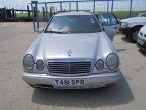Dezmembrez Mercedes E300 W210 din 1999, 3.0 d