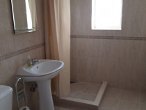Apartament 2 camere decomandat central floresti
