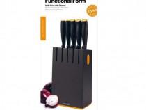 -45 % reducere Fiskars functional form,set 5 cutite+bloc.nou