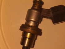 Injector Toyota Raf 4 20d 2008