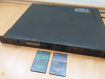 Sintetizator Roland U-220 + 2 carduri PCM U-110