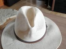 Pălărie vara