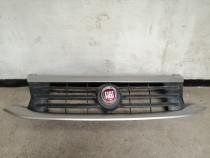 Grila radiator Fiat fullbach