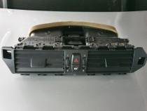 Grila aerisire centrală, BMW E60.