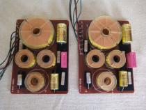 Set Filtre Boxe Grundig 3 way,4 ohms,40/60 watts. Impecabile
