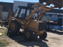 Buldoexcavator case 580 G schimb cu camion basculabil