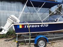Barca cu peridoc