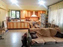 Apartament 3 camere Damaroaia 127 mp