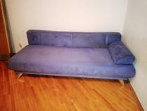 Canapea extensibila cu ladă pentru depozitare