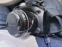 Camera foto video Canon SX40HX nouă,2 acumulatorii