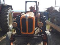 Tractor fiat 411