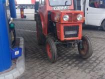 Tractor vr 445 viticol Schimb cu Iveco Basculabil