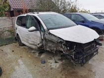 Dezmembrez Volkswagen Touran (1T3) 1.6 TDI CAYX DSG 7+1