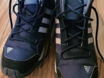 Ghete iarna impermeabile Adidas