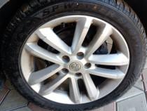 Jante aluminiu Opel cu anvelope iarna Dunlop 225 50 R17