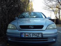 Opel Astra benzina