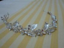 Coronita superba argintata batuta cu pietre,model deosebit
