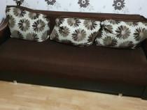 Canapea in stare foarte buna