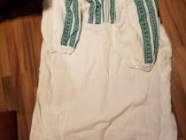 Carpeta de lână tesuta in razboi și doua ii, tip cămașă