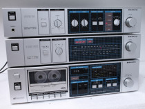 Linie audio Sanyo Amp,deck,tuner (Japonia).