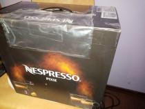 Expresor Nespresso Pixie Nou