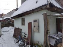 Casa cu mai multe dependinte Reghin, Mures, central