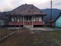 Casa anexe teren 1000mp  Suceava str. Vornic Grigore Sabie