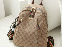 Rucsac bej Gucci new model ,material textil, Italia