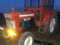 Dezmembrez tractor ford 5000