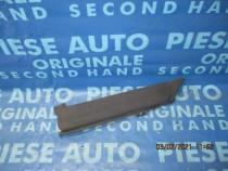 Bandou aripa Ford Transit 2004; YC1529397ADW