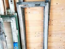 Ferestre vechi din lemn