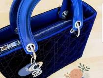 Geanta Dior catifea accesorii metalice argintii/Franta