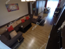 Apartament de cu 3 camere 2 bai in zona Tilisca din Sibiu