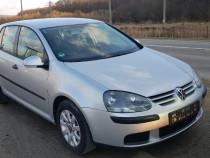 Volkswagen Golf 5 din 2004 1.4i fsi euro4 cu climatic