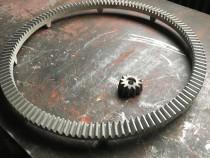 Coroana betoniera(128 dinti)+ pinion- betoniera romaneasca