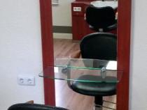 POST de lucru cu scaun si oglinda salon frizerie coafura