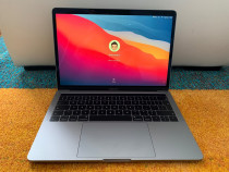 Macbook Pro 13 Touchbar 2019 256GB Space Grey in garantie