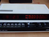Radio UNIVERSUM Ur1863 cu ceas,vintage rar(alb) 1988 Germany