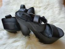 Sandale cu platforma marimea 37