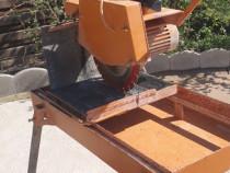 Masina de taiat caramida