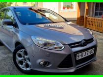 Ford focus titanium x //bi-xenon//full led//